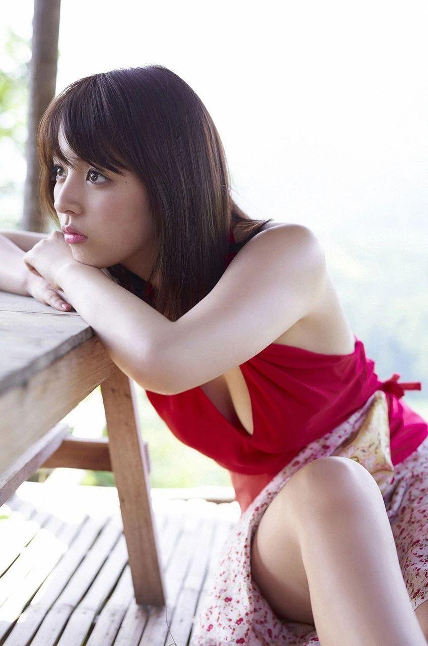 又欲又纯的封面女王柳百合菜写真作品 (7)