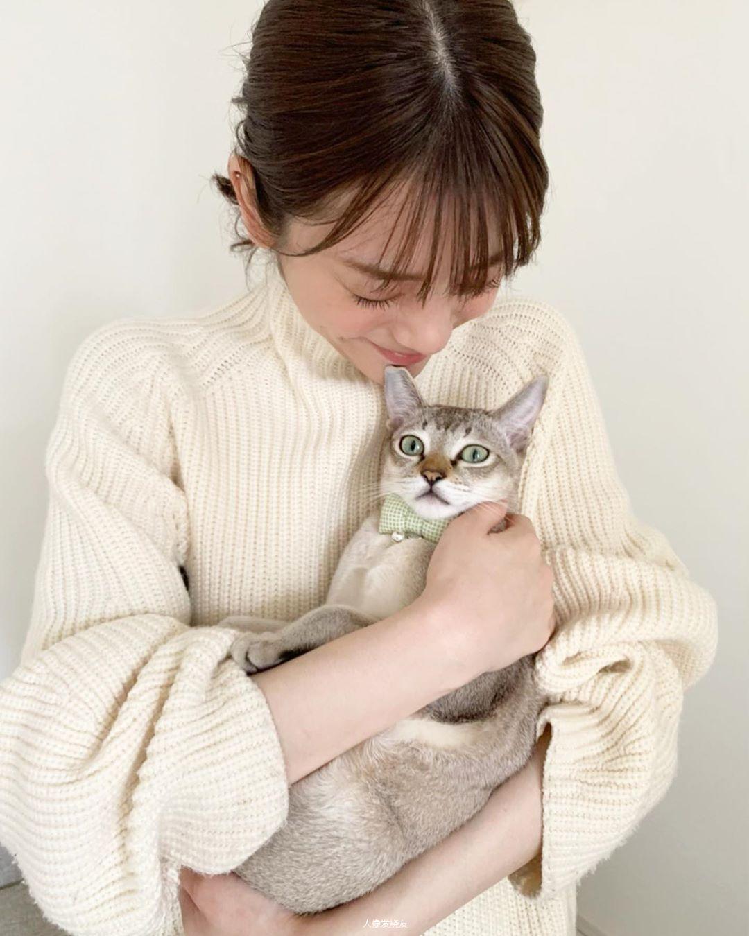 甜美无比的天气女郎贵岛明日香写真作品 (19)