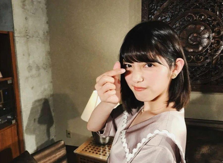 一双治愈力十足的大眼美女松田瑠华(松田流花)写真作品 (25)