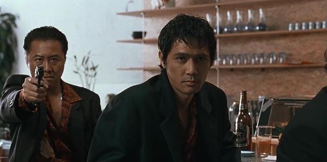 日本犯罪电影《大佬》讲述一个黑帮火拼猛龙过江已然是大佬的故事 (12)