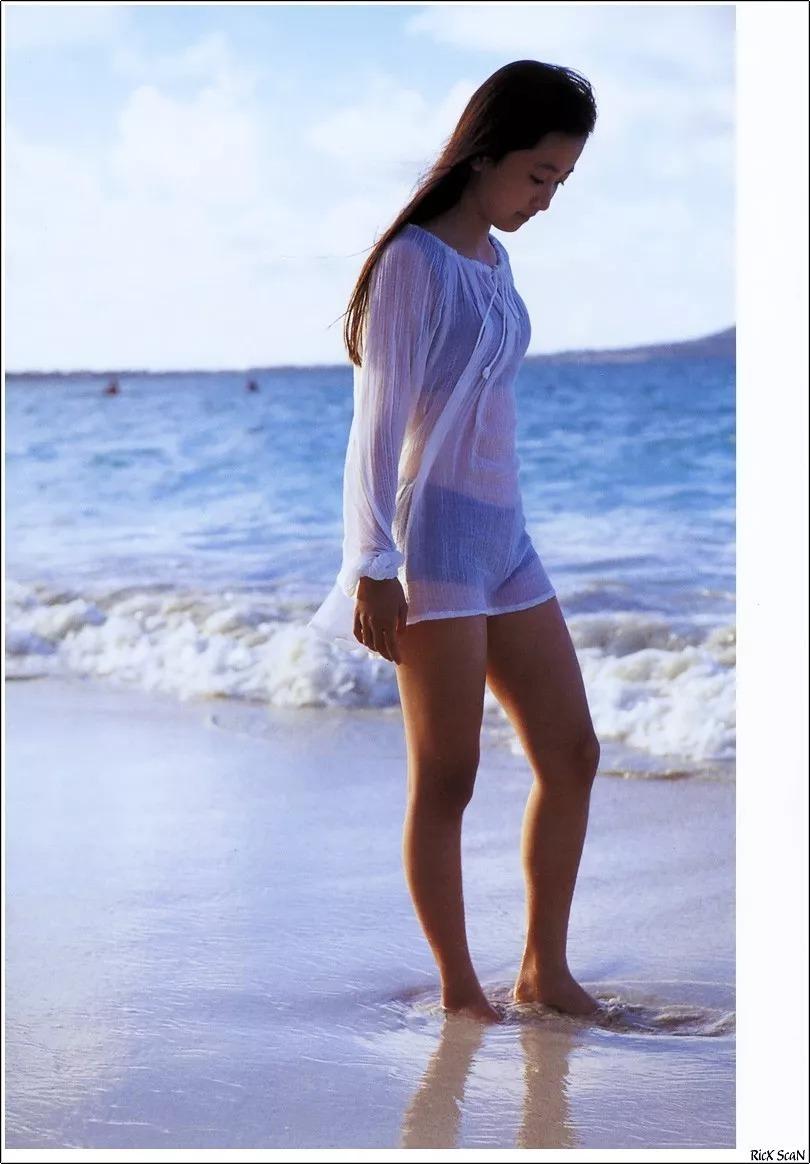 形象纯过蒸馏水的黑川智花《少女觉醒》的写真作品 (22)