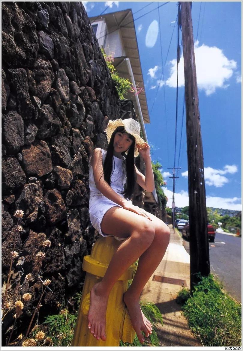 形象纯过蒸馏水的黑川智花《少女觉醒》的写真作品 (61)