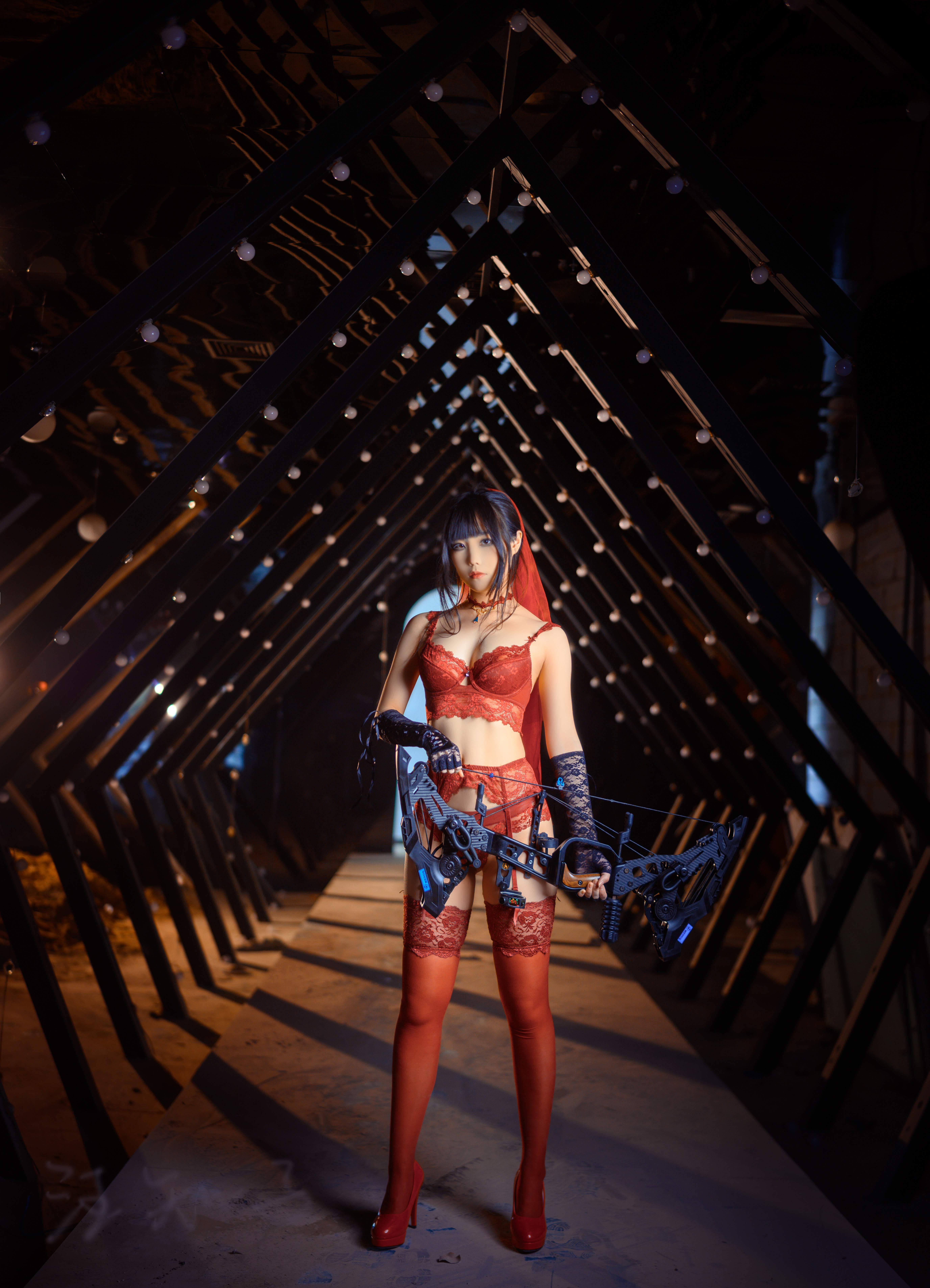cosplay废墟新娘,这把复合弓看得我心动不已