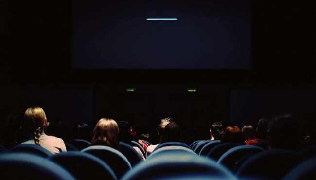 上线VIP视频解析功能,收费电影免费看!