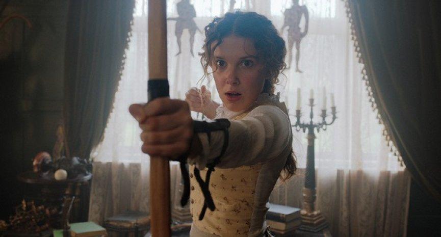 「伊莱雯」为《天才少女福尔摩斯》大展柔道长才!自爆回不去英国腔-MP4吧