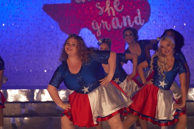 珍妮佛安妮斯顿「开金嗓」入围葛莱美!狠叫重量级胖女儿「大饱」-MP4吧