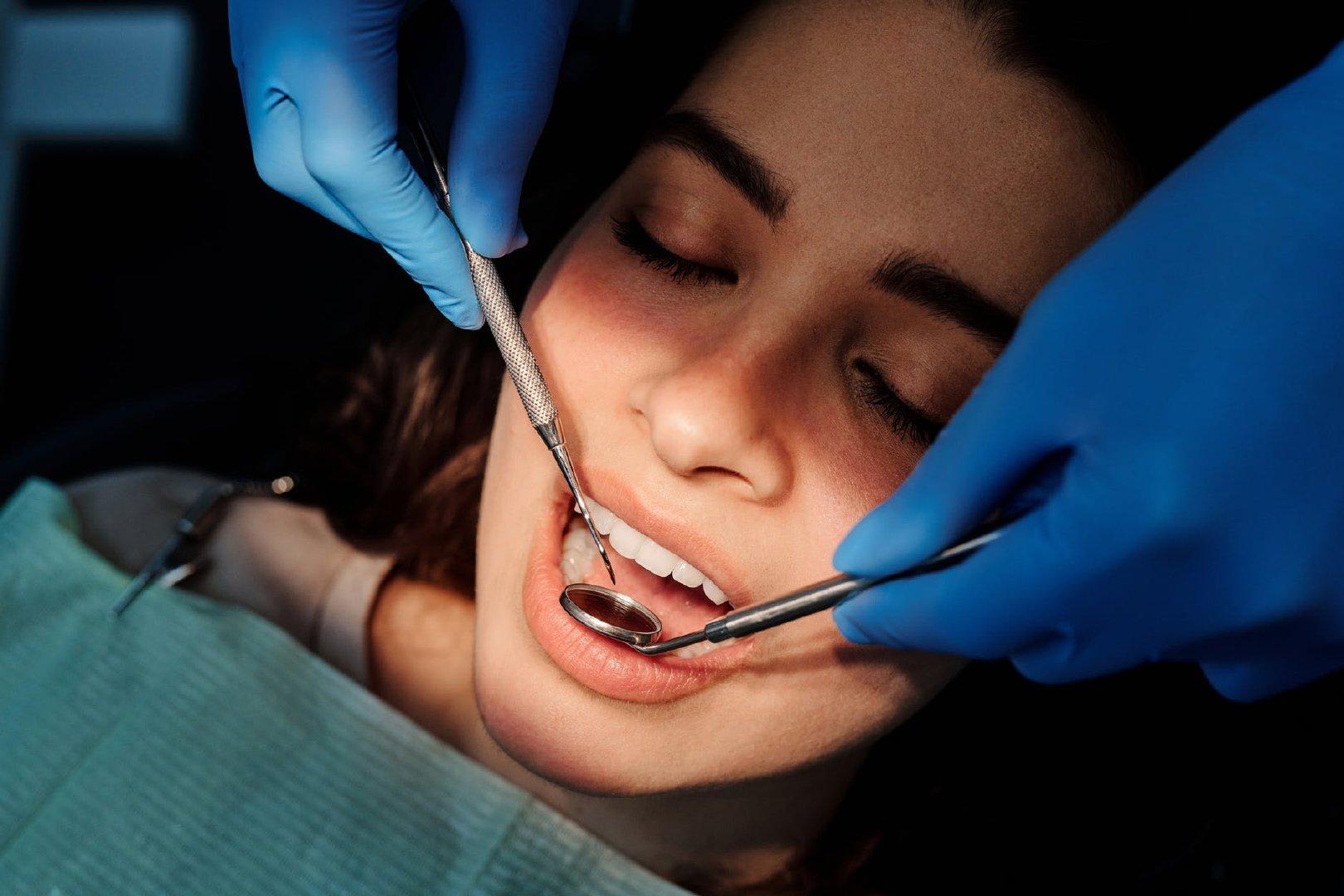 蛀牙的新救星?「以牙还牙」的仿生技术让自行牙齿重生!插图(3)