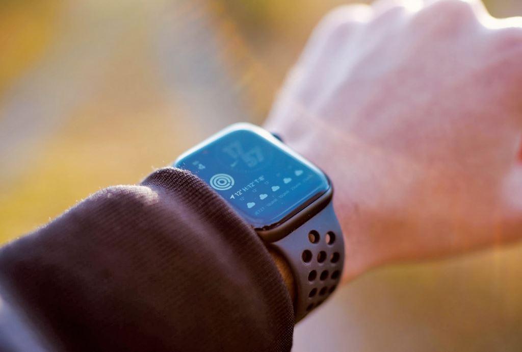 减少电子垃圾 可被水溶解的智能手表插图