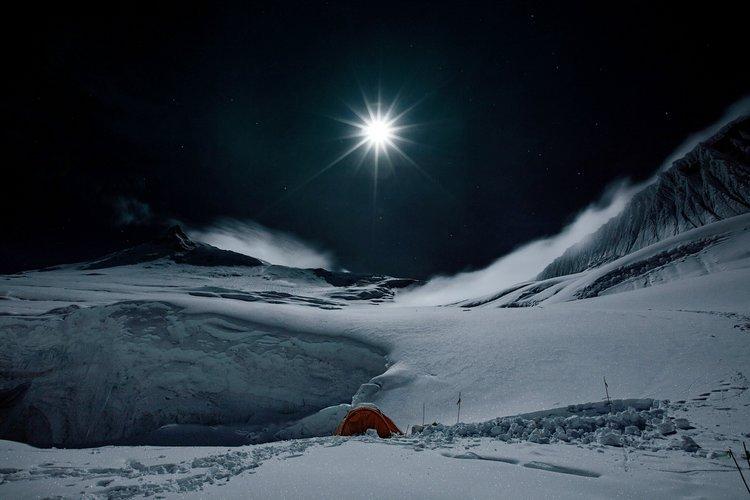0087Izpsly4gurc5awxb0j60ku0dwdgy02 明月照耀喜马拉雅山,网民:能感受空气的冷