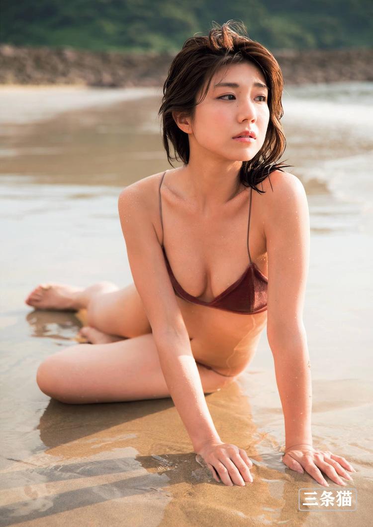 赛车皇后@藤木由贵个人写真作品,改拍写真更红了