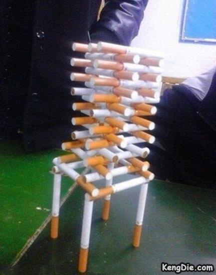 这香烟摆的,略屌。。