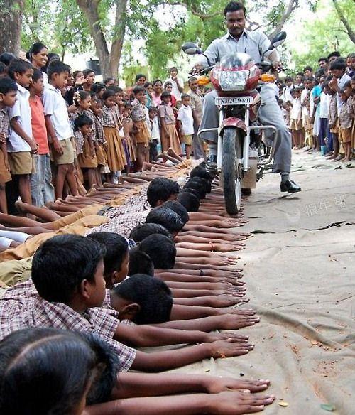 印度也是个奇特的民族