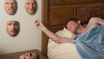 一早醒来,用那个面具是个难题啊!