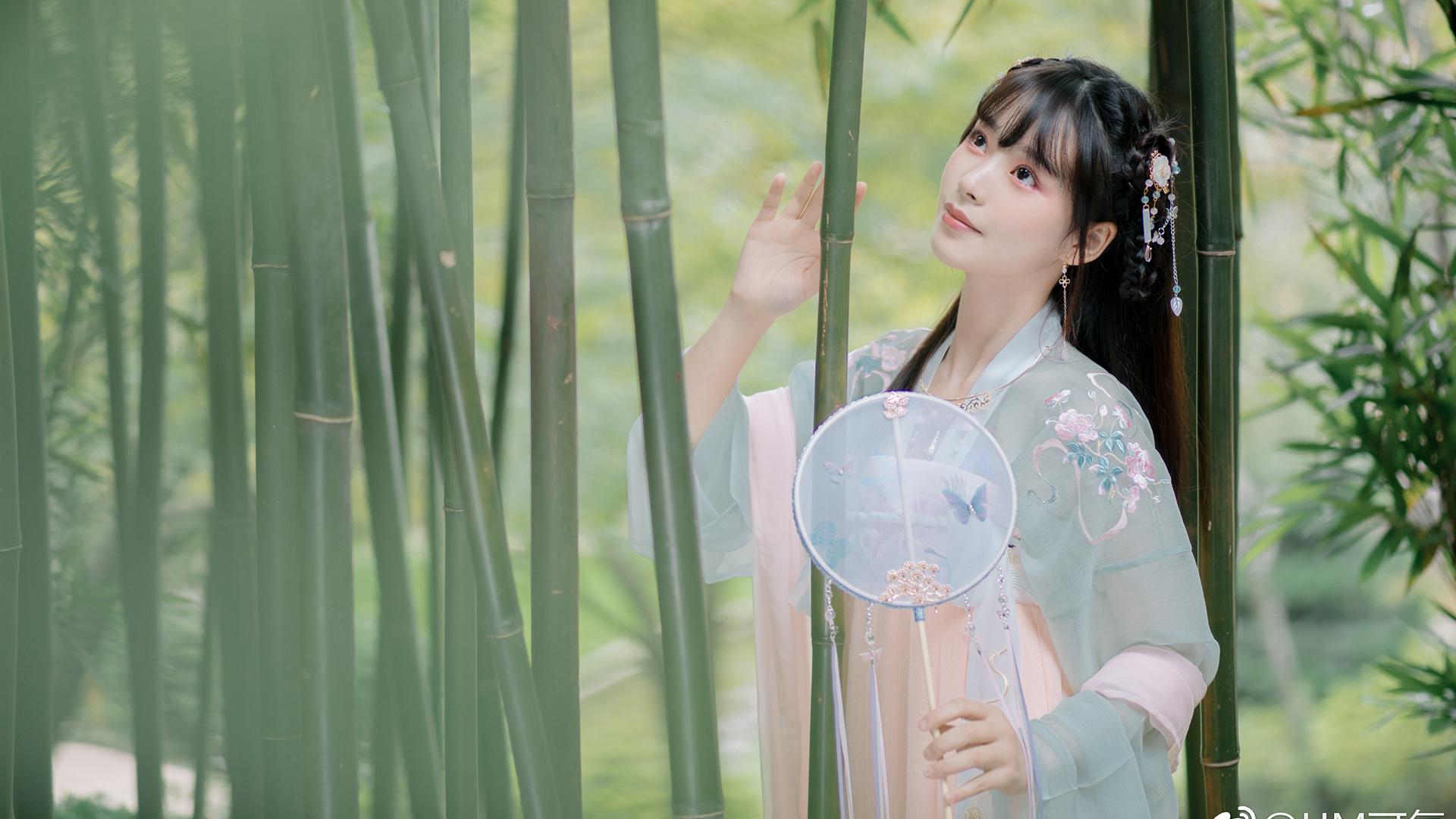 西野七濑美图:待到樱花烂漫时,她在丛中笑