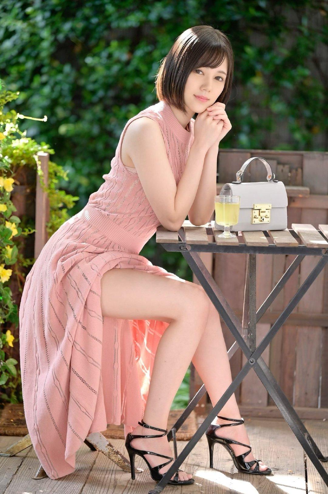 外围女什么意思,俗称脏模的外围脏蜜,又叫商务模特