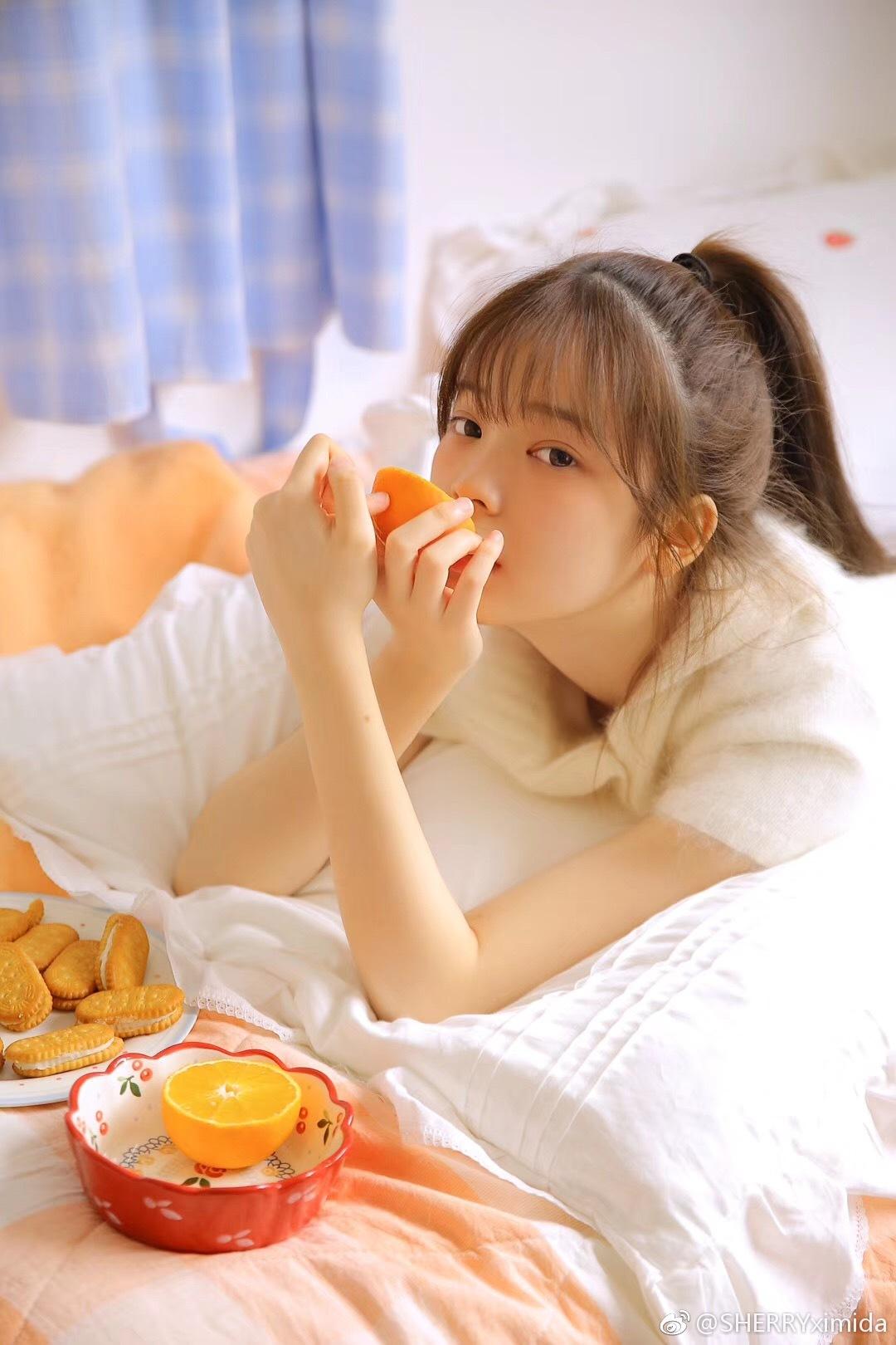 蜜桃味的女孩子