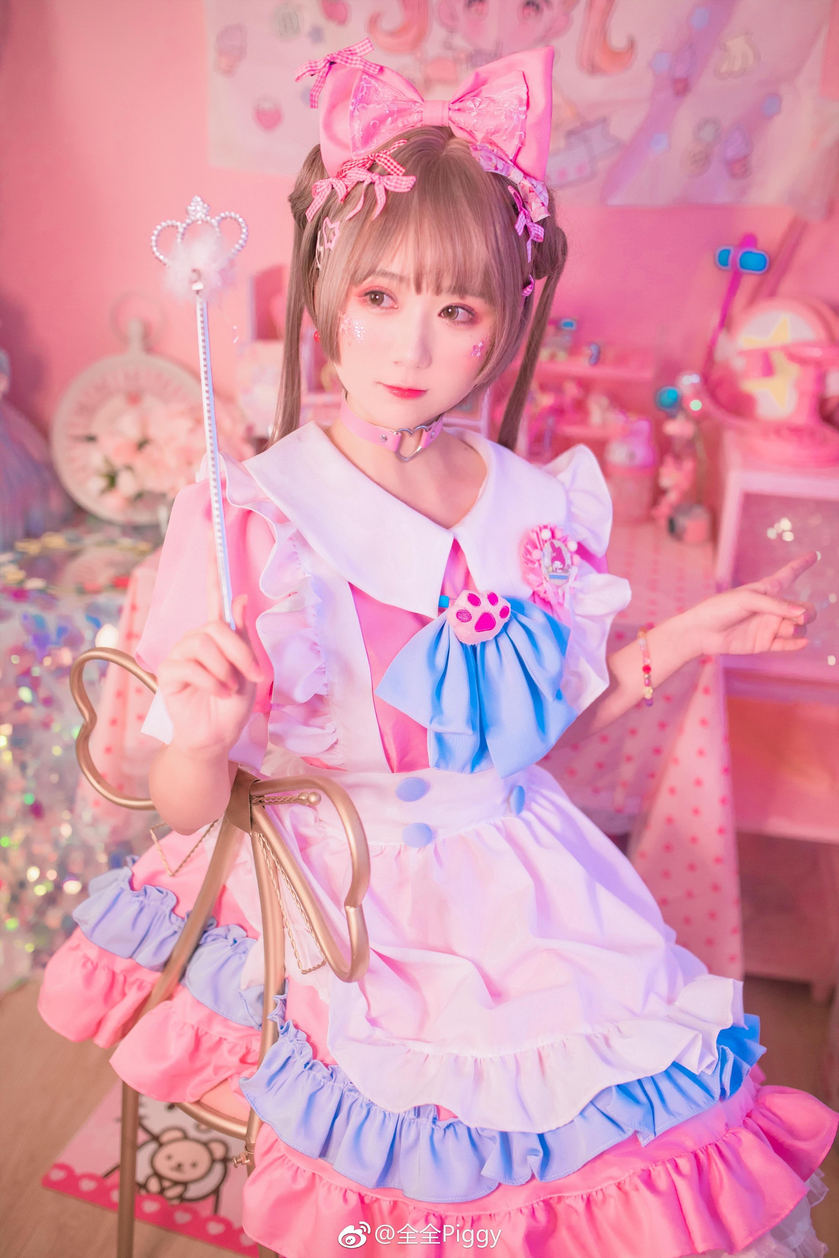 粉色小女仆上线