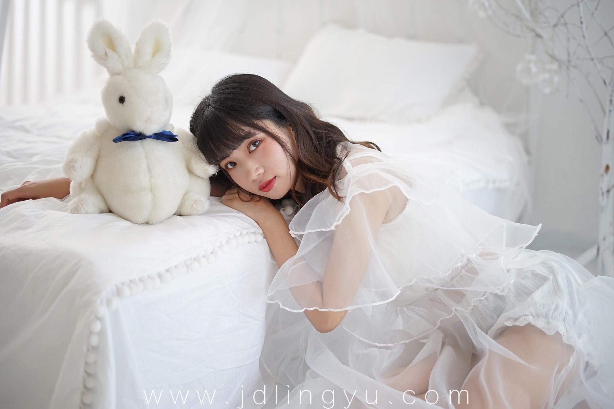 [YaLaYi]雅拉伊 2018.05.25 No.0001 公主小兔子 恋上你的床