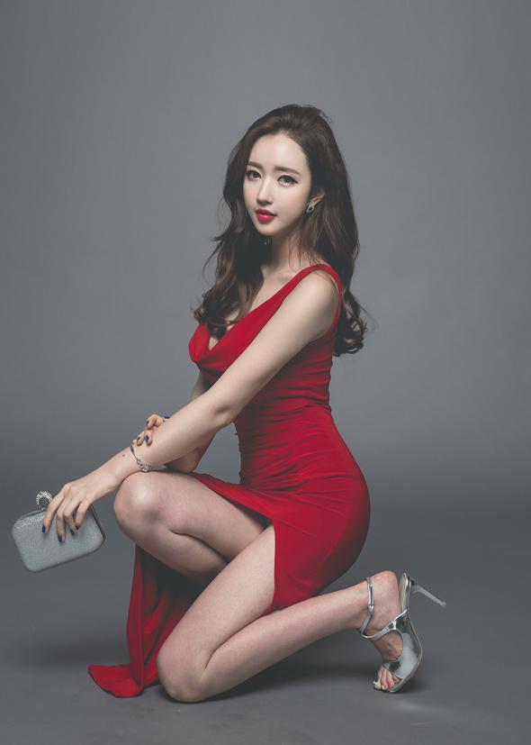 分享一组韩国美女写真,单纯觉得后期调色很舒服~ 美女写真-第4张