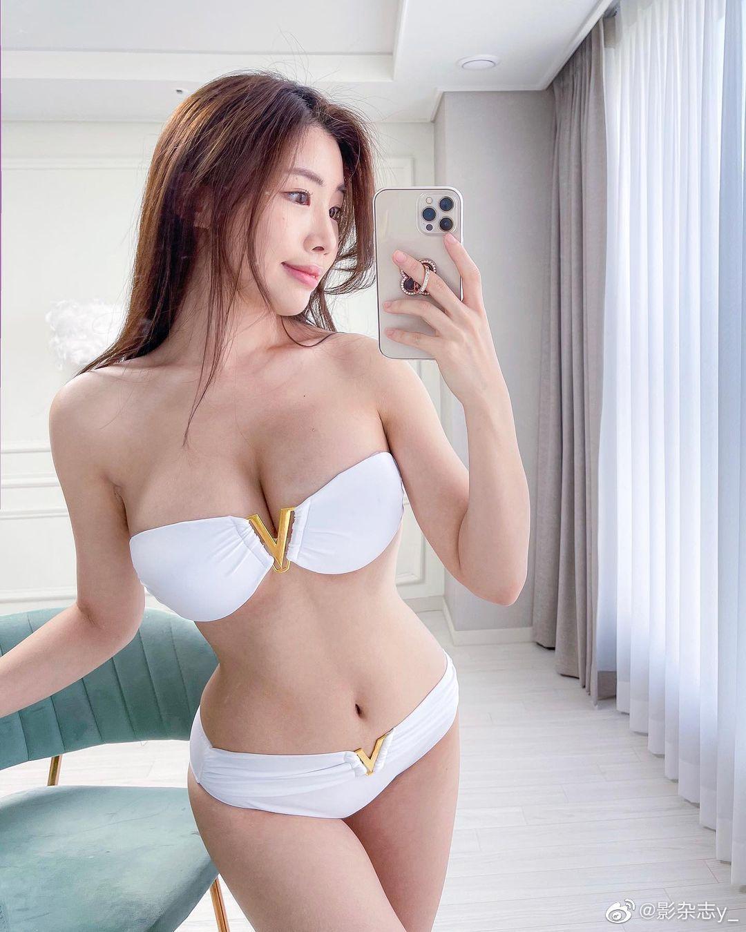 韩国美少女 전예빈 Yebin 海边泳装比基尼美图分享-觅爱图