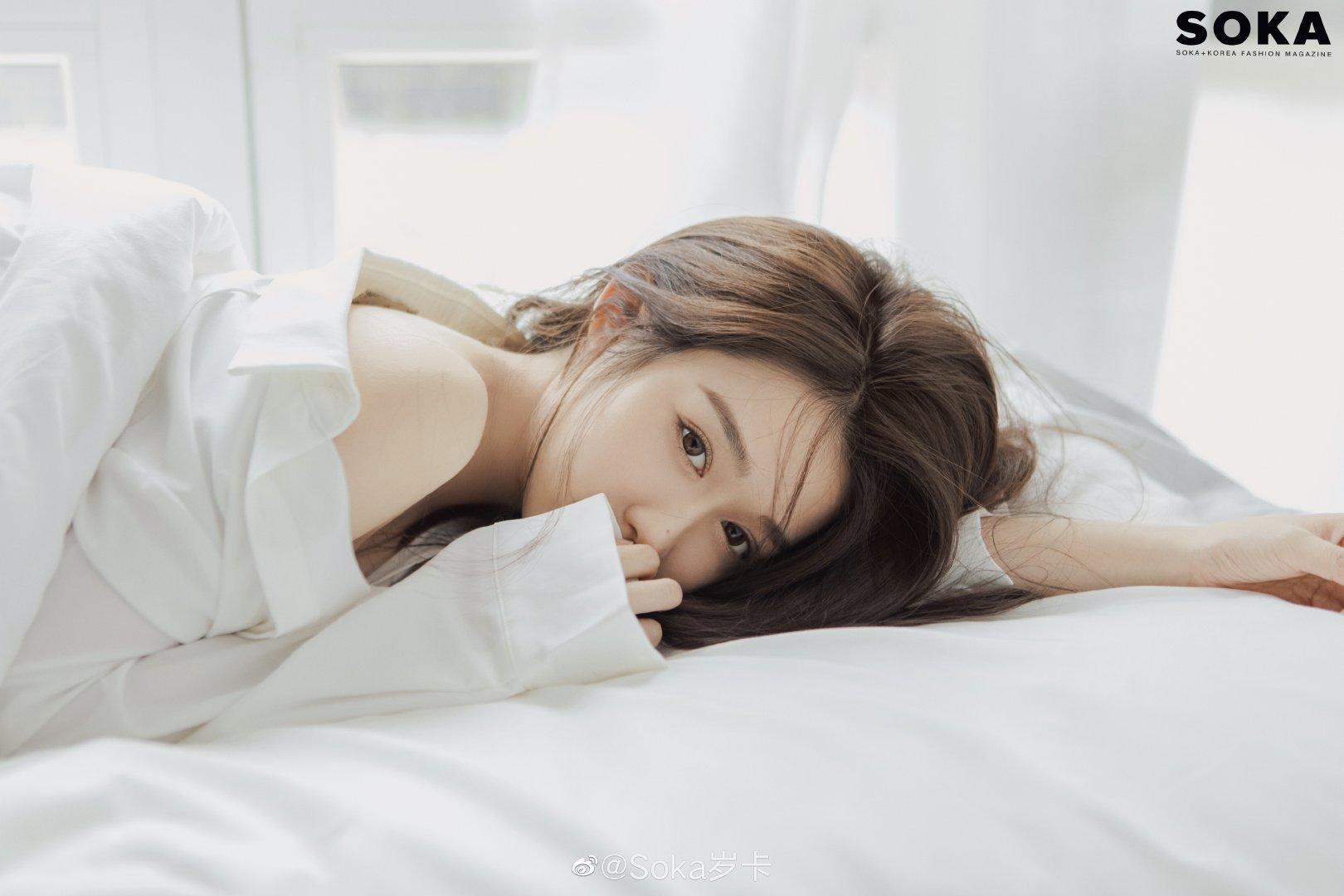 韩系风 SOKA 纯白少女写真图集-觅爱图
