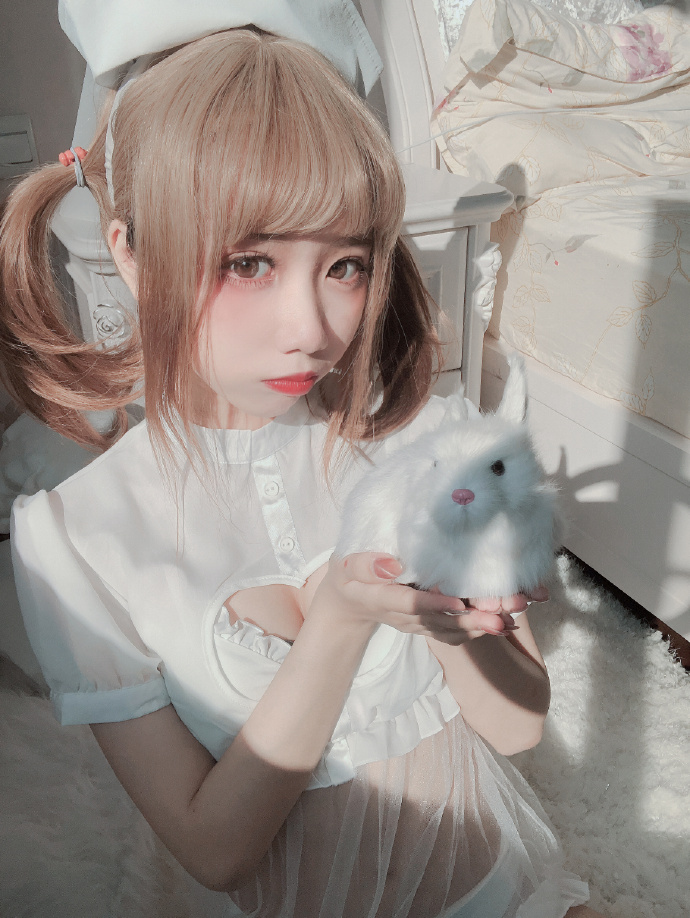 cosplay果咩酱w cos 兔兔护士-cos图片