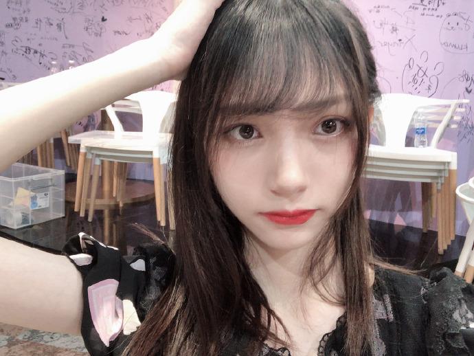 美女出处:GNZ48-张润 GIF出处 热图1