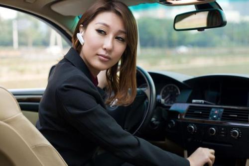 """为什么明明是男性司机的事故率更高,大家却喜欢凸显""""女司机""""和事故的相关性?"""