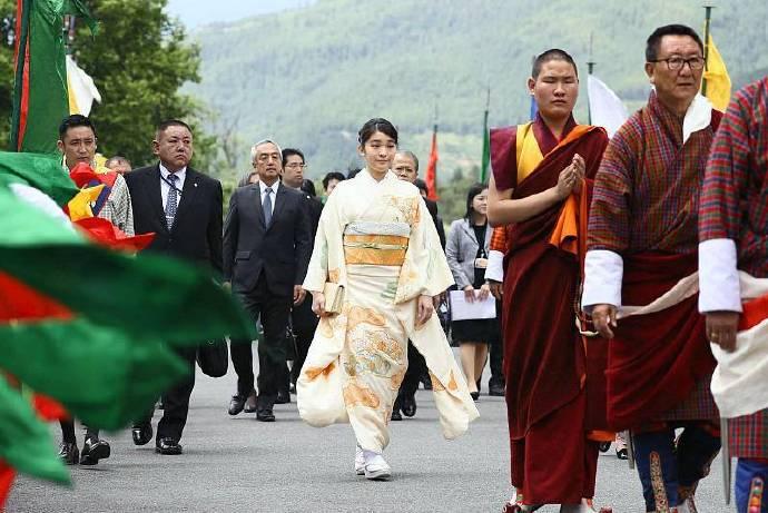 逃离日本皇室的新一代公主:嫁渣男、舍嫁妆、寻自由