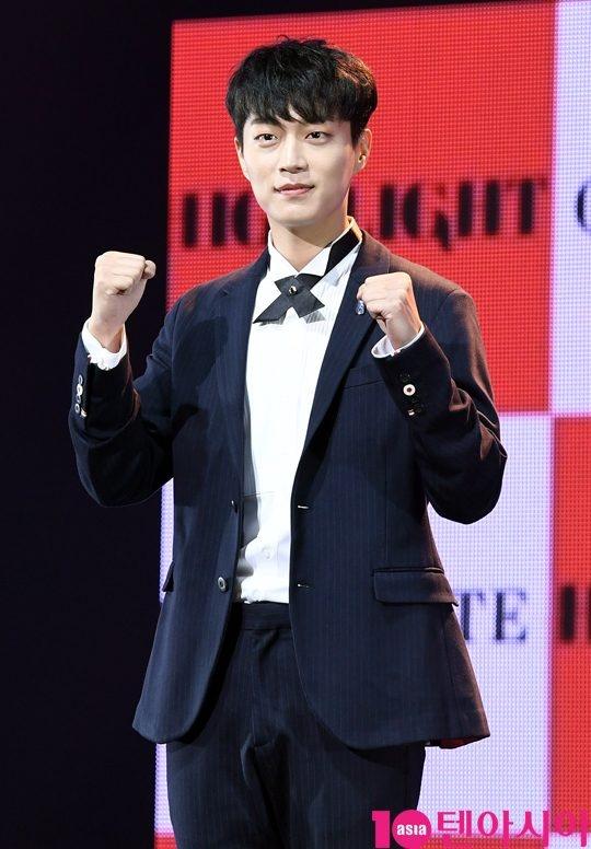 尹斗俊确认出演《Radio Romance》并担任男主人公