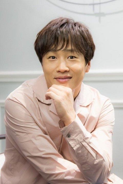 《Radio Star》:車太鉉退出 20日錄影由三人主持