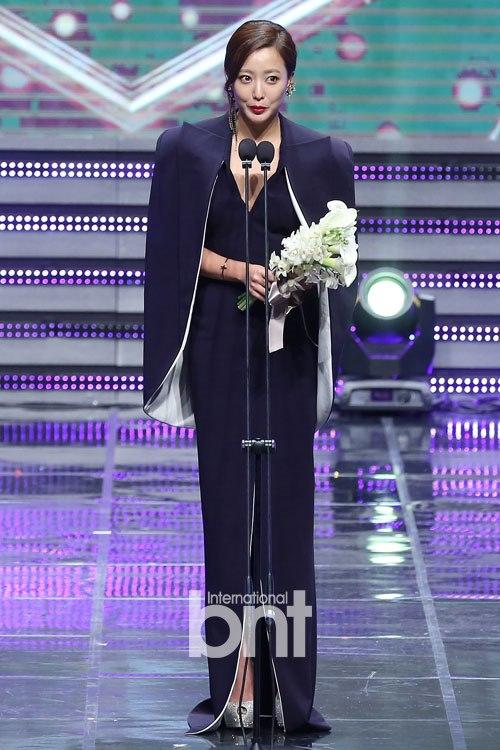 金喜善有望出演MBC新劇《Angry Mom》