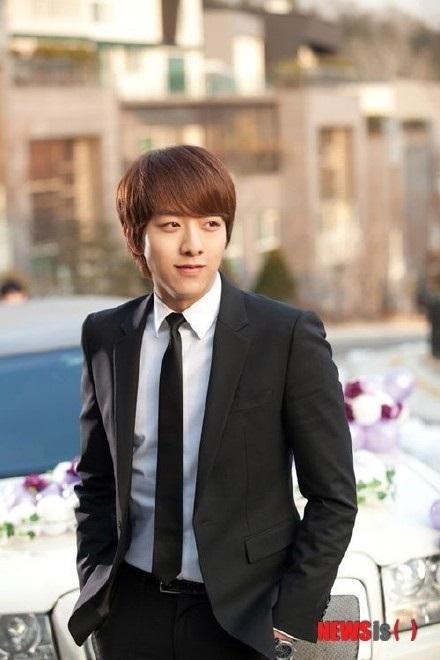 CNBLUE 李正信 將主演《謝謝,兒子》