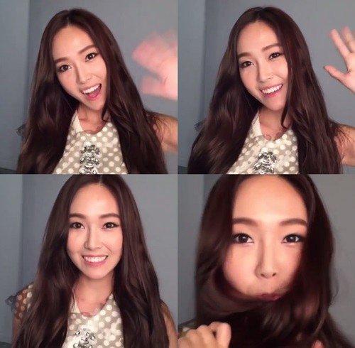 Jessica開通Instagram 透過鏡頭盡顯活潑魅力