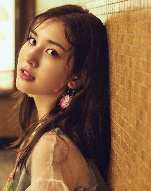 17歲 Somi 的魅力大爆發