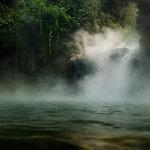 【地理】秘鲁科学家亚马逊丛林发现沸腾河流[7P]